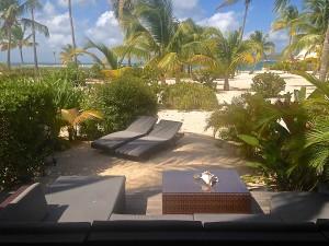 Terrasse deck équipée sur le sable