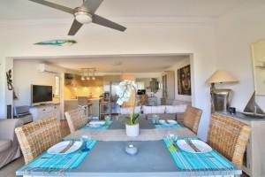 Cocoon villa Livingroom